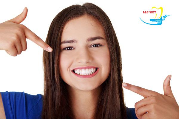 kinh nghiệm bọc răng sứ titan quan trọng