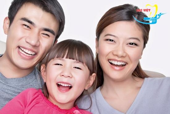 Răng móm có nhiều nguyền nhân gây ra