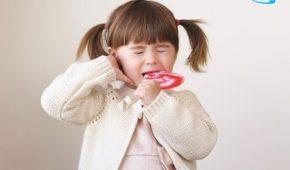 Trẻ bị sâu răng hàm phải làm gì? Bác sĩ tư vấn