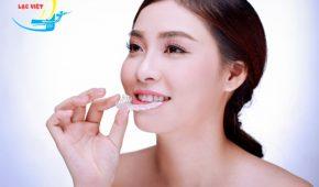 Niềng răng hay bọc răng sứ cho hàm răng xấu?